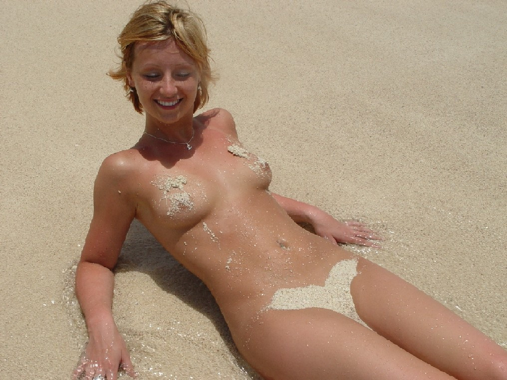 beach Sexy the women naked on
