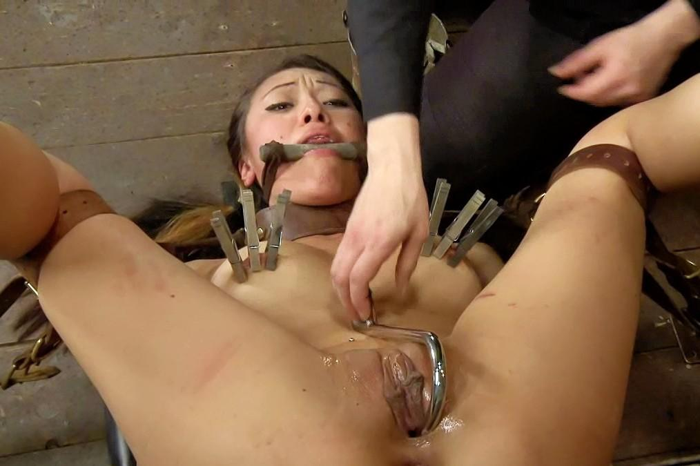 Girlfriends first threesome mmf