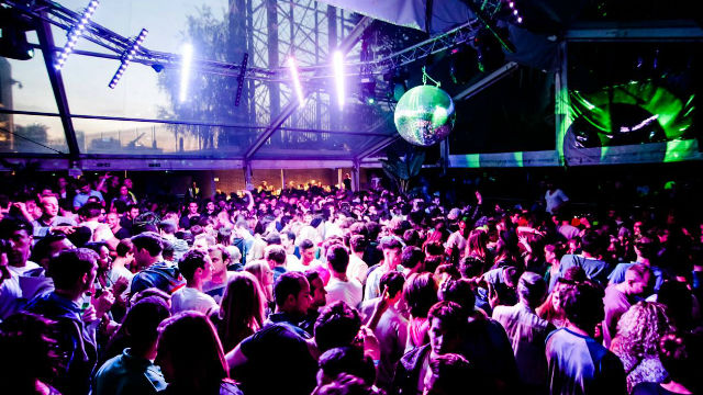 night london in Asian clubs