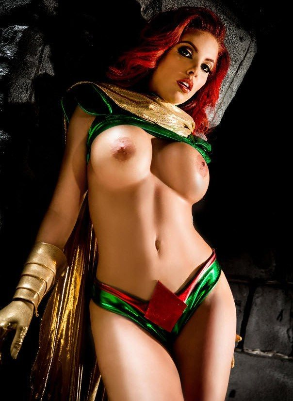 gallery Naked cosplay
