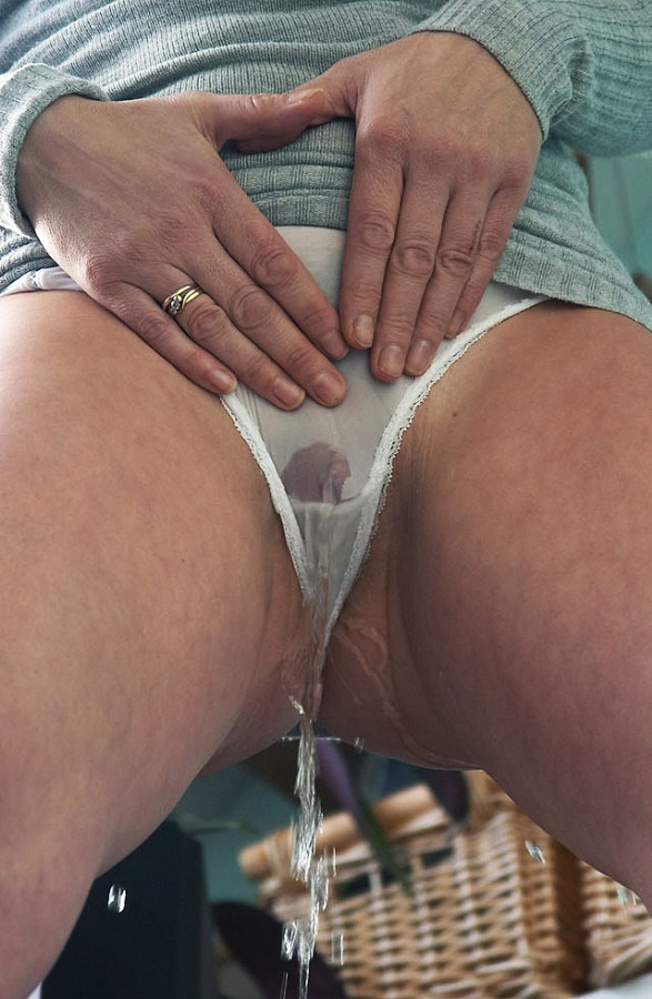 Top Porn Images Free lesbian squirt