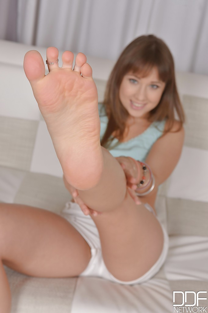 feet Hot pics girls