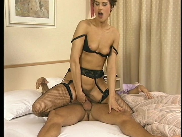 Shaved pussy upskirt