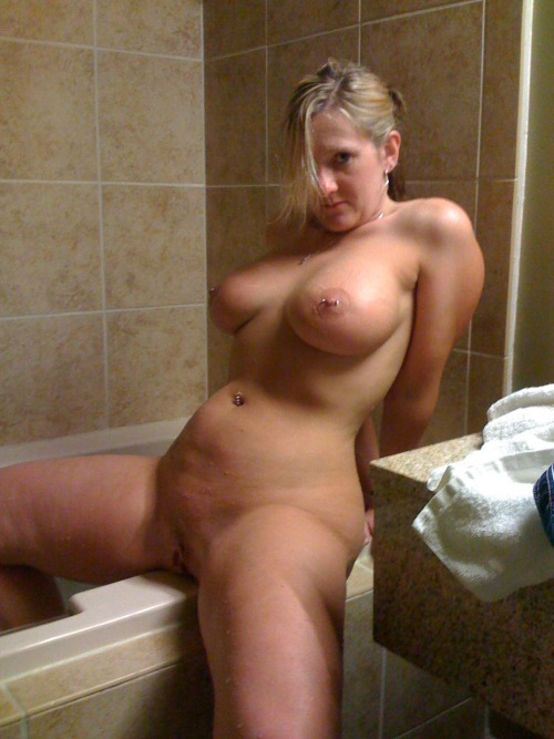 Naked Images Crystal clear big tits