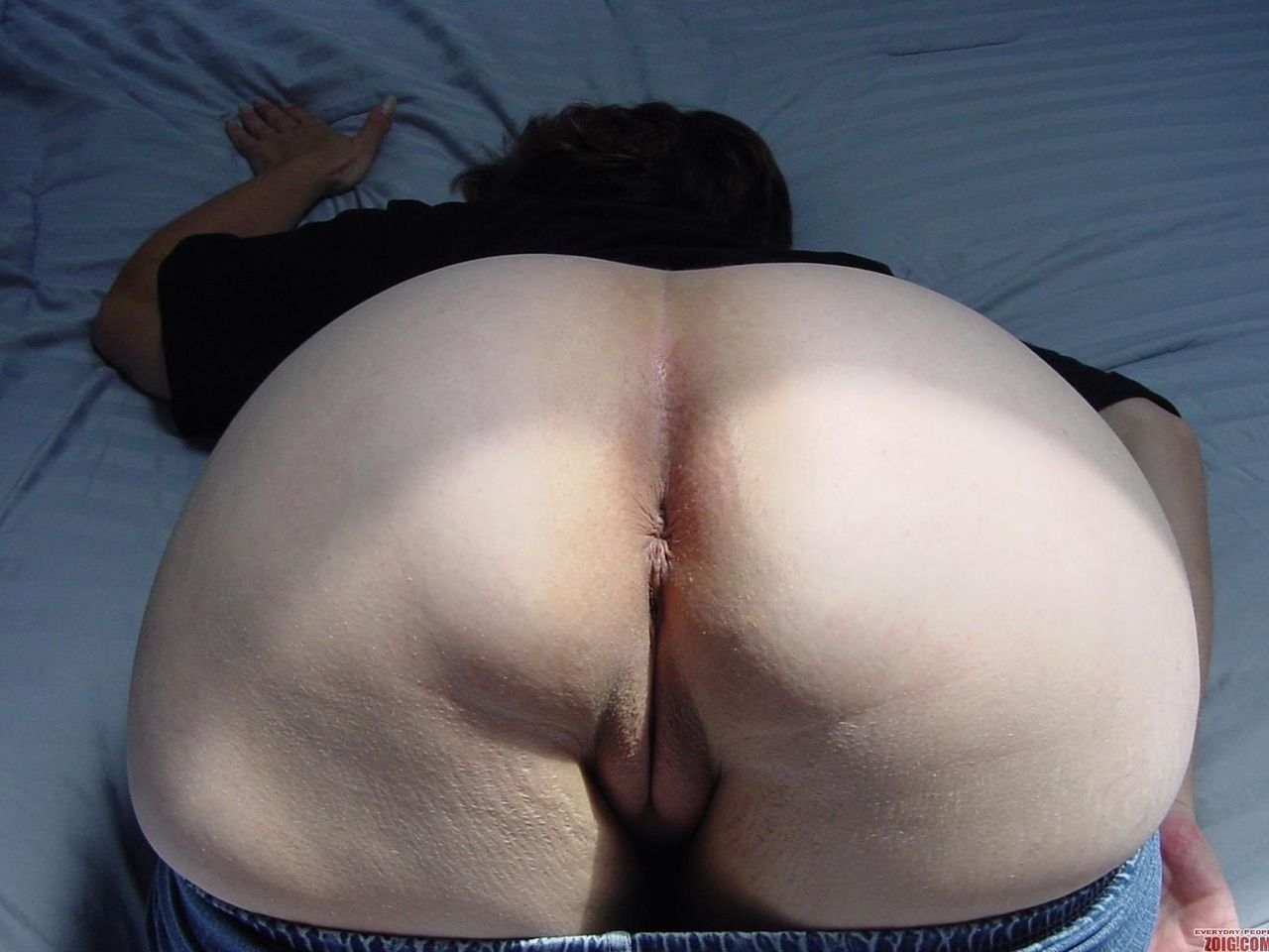 Fat girl bent over