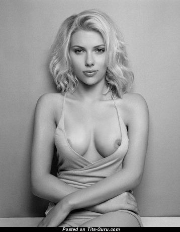 johansson boobs pic Scarlett