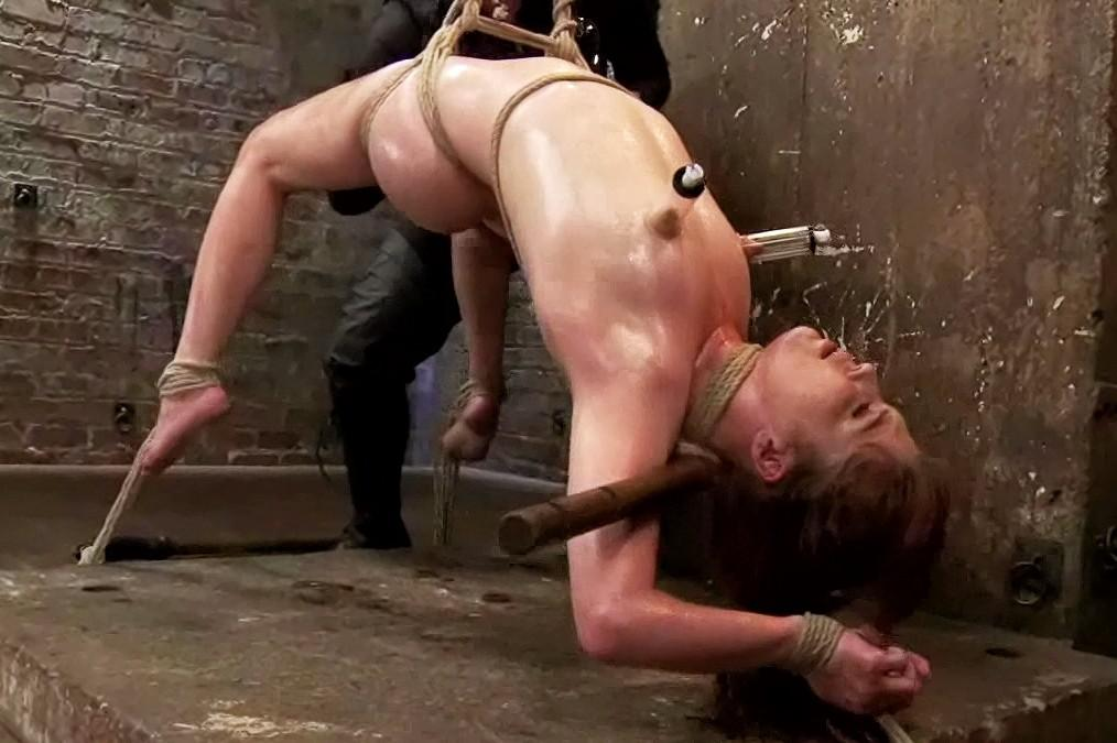 Lindsay recommend Angelina valentine pegging