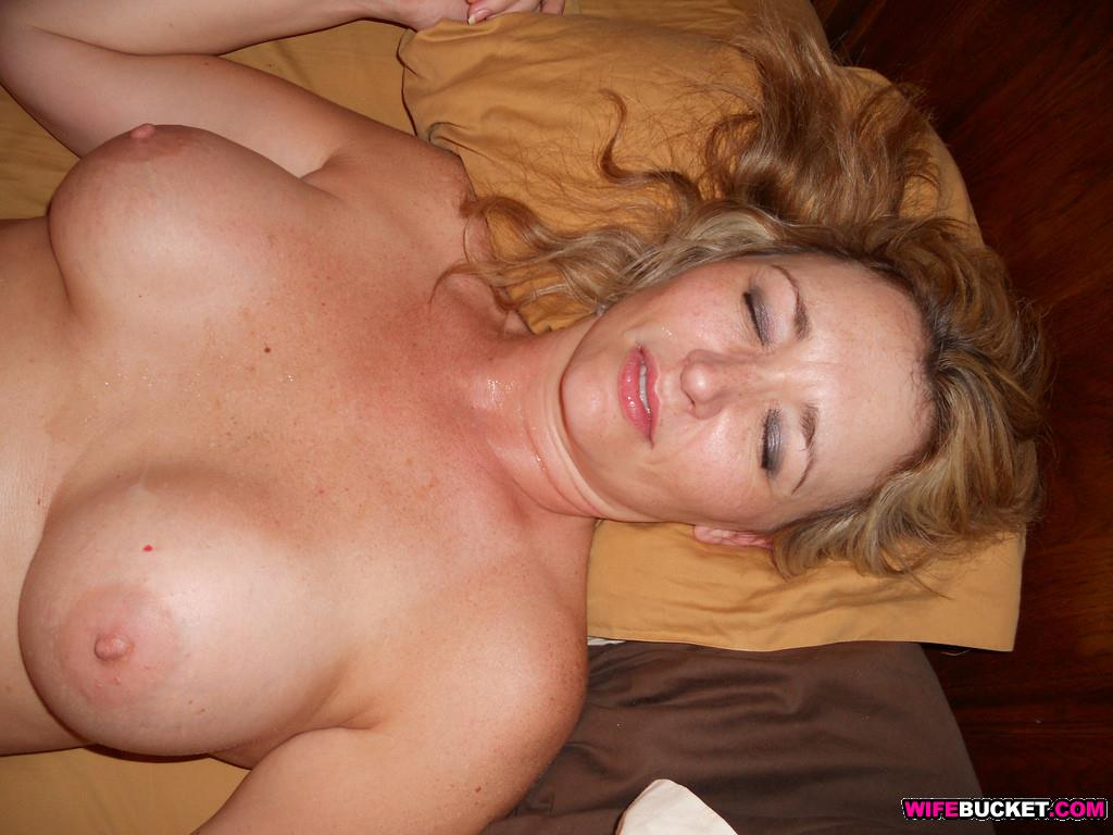 Free housewife blowjob pics