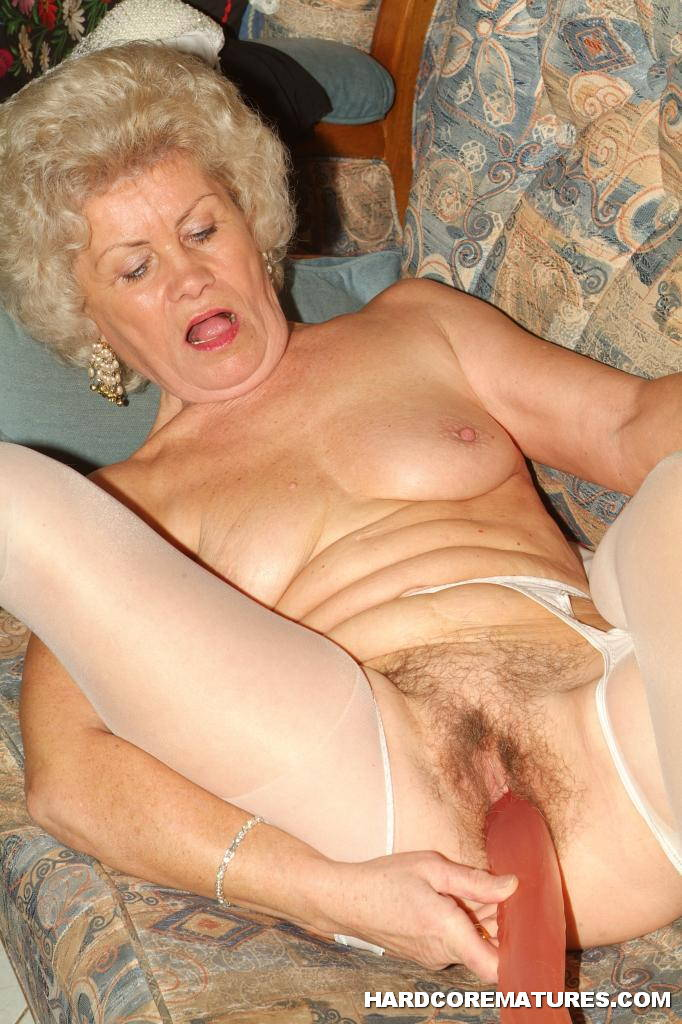 Porn pictures German mature fisting