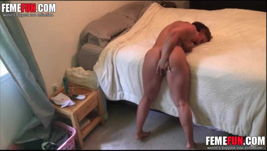 Porn pictures Curvy aisan in threesome