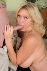 milf in lingire Sexy